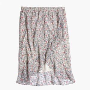 Madewell Shadowpetal skirt size 10. Like new.